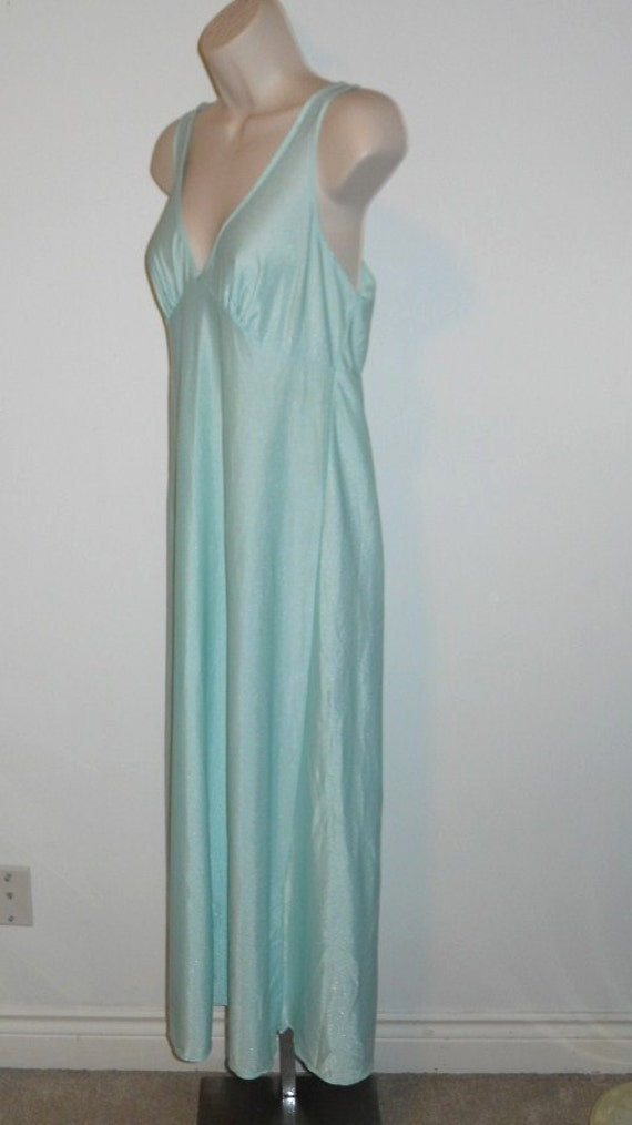 Vintage Mint Green Nightgown  ~ 1970's St Michael… - image 3