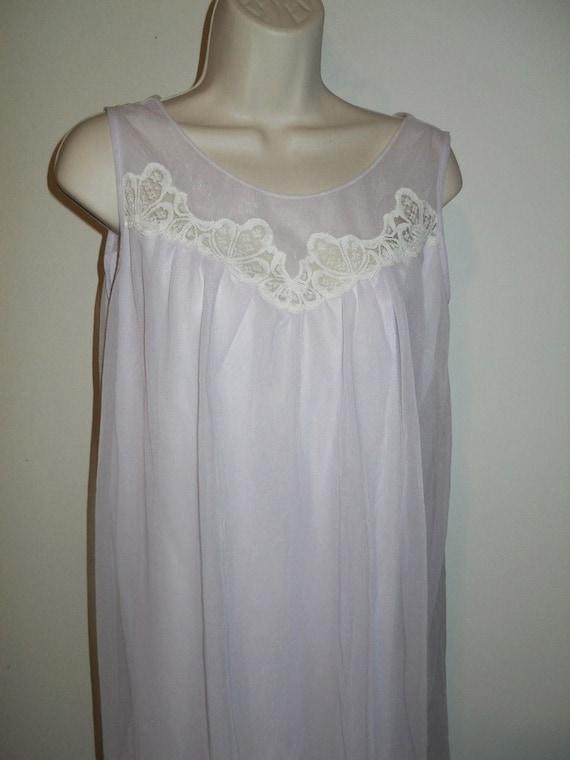 Vintage Lilac Chiffon Nightgown ~ 1960's Lov Lee … - image 2
