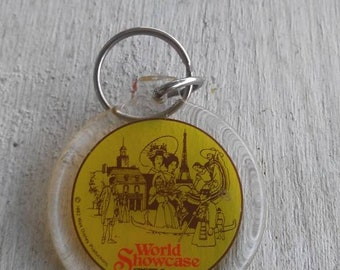 Vintage Epcot World Showcase Keychain 1982 Disney Memorabilia
