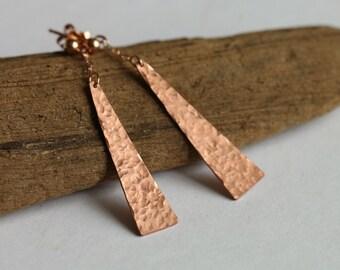Copper hammered triangle earrings // long dangle earrings // rose gold // fall // geometric earrings // christmas jewelry gift // handmade