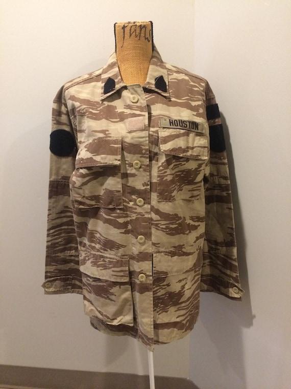 Desert Camouflage Light Military Jacket  (size L)