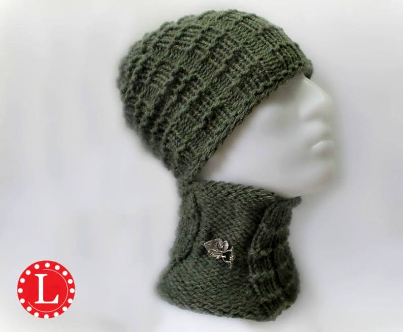 Loom Knitting Pattern Hat and Cowl for Men or Womens Slouchy  b7c06859bd