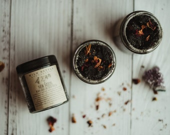 NEW MOON - Black Lava Salt Body Polish