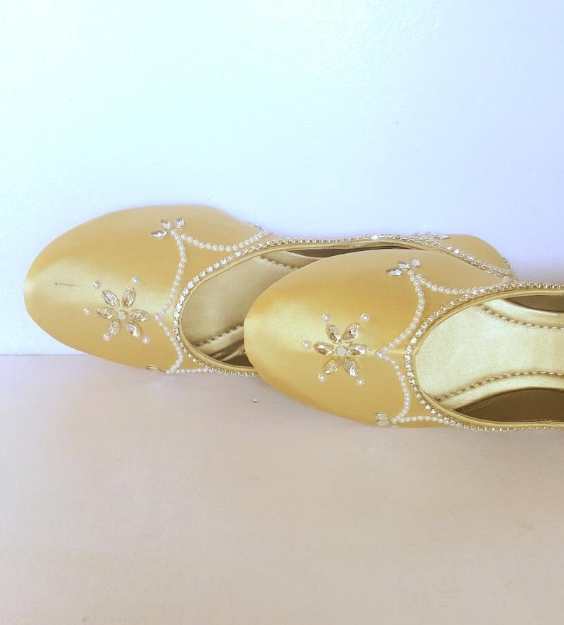 Gold Satin FlatsWedding FlatsWomen Ballet FlatsWomen ShoesGold Wedding ShoesEmbroidered Bridal shoesWedding ShoesRoyal Styled Jooties