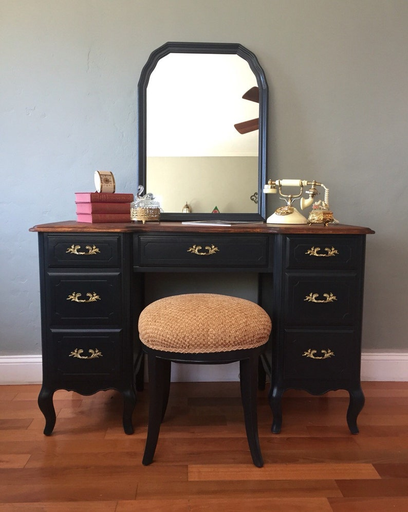 Amazing Sample Piece Only Vintage French Provincial Vanity Desk With Mirror And Stool Download Free Architecture Designs Scobabritishbridgeorg