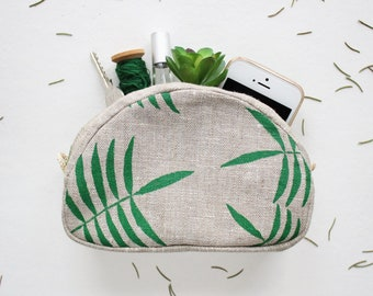 471421855 Fabric makeup bag Tropical leaf makeup pouch Palm leaf cosmetic bag Linen  zip pouch Tropical leaf pouch Small makeup case Bridesmaids gift