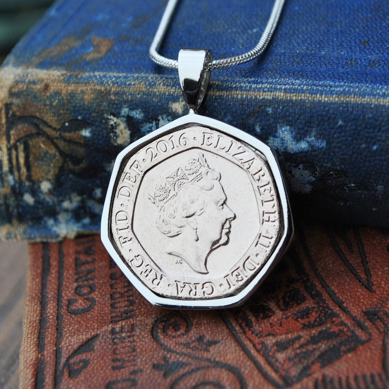 20p Born in 2016 Necklace 5th Anniversary Wife Gift for Daughter Aunt, Coin Necklace Mum 5th Gift Wife Gift for Sister 2016