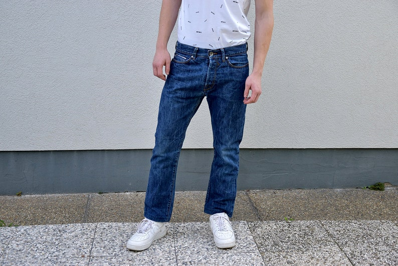 19461998e2d5a Vintage Herren GURU Jeans //90er Jahre blau Stonewashed Slim Fit straight  Leg Männer Jeans Jeans Hose Freund Jeans Herren Mode Herren Stil