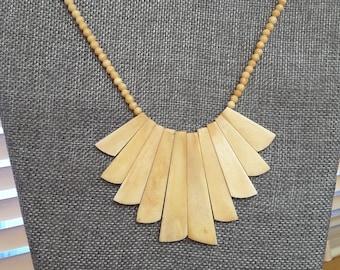 UNIQUE Vintage Shell Necklace Statement Piece Collectible TROPICAL NECKLACE