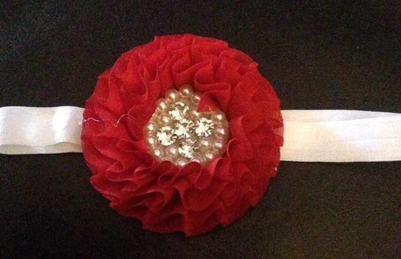 Valentines Day Pearl /& Jewel Flower Stretch Headbands Fits Infant Up To 7 Years.