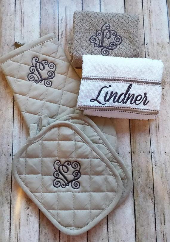 Monogrammed Kitchen Towel Set Circle Monogram Bridal Shower Gift Kitchen Towel Set With Potholder Monogrammed Kitchen Set Kitchen Towels
