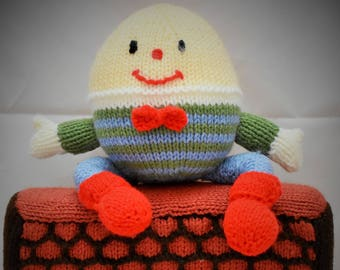 Humpty Dumpty Knit Toy, Nursey Rhymes, knitted toy