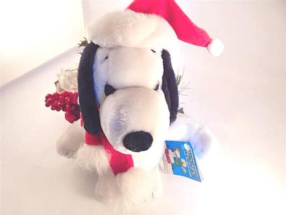 Winter Snoopy Plush Stuffed Animal Santa Hat Vintage 1996  65f3db972713