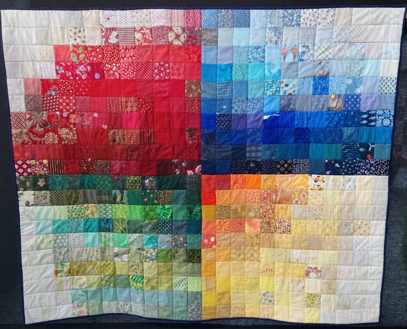 Quilt pattern: wall hanging or throw or baby crib cot quilt image 0