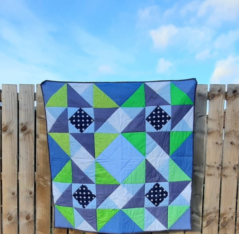 Quilt pattern: square lap quilt throw play-mat quilting image 1