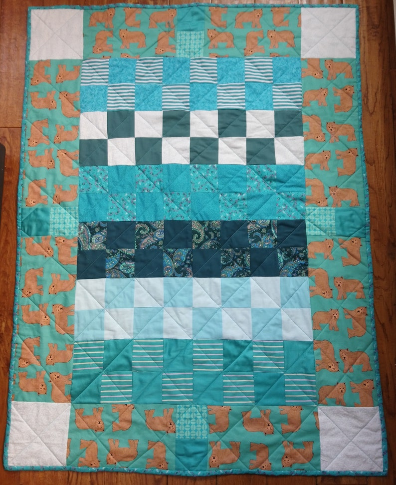 Quilt pattern: baby cot crib baby blanket or play-mat various image 0