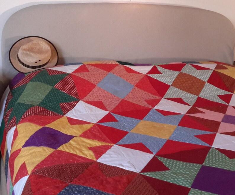 Quilt pattern: double bed multi-coloured vibrant colours image 0