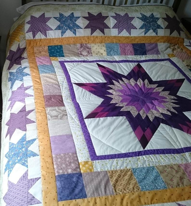 digital pattern double bed quilt: 'Compass and image 0