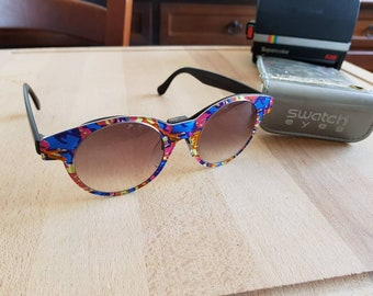 9e0497cd6cf5 90s SWATCH sunglasses