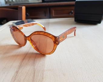 BEAUTIFUL vintage 80s Optyl Playboy 4562 sunglasses