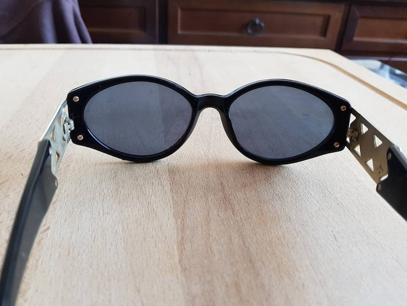 Typical 80s design GENNY made in italy sunglasses