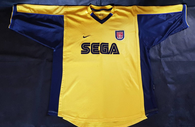 save off cebff 8f39a Wonderful 90s nike Arsenal SEGA jersey