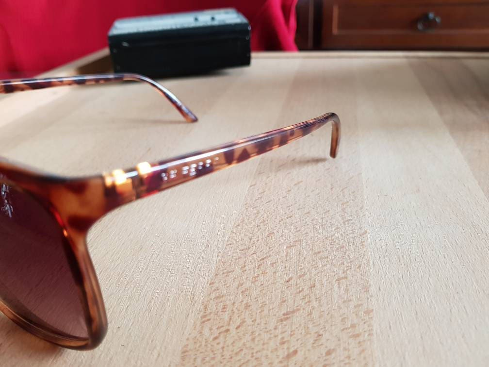Vintage 80s Gianfranco Ferrè ff68302 made in italy sunglasses