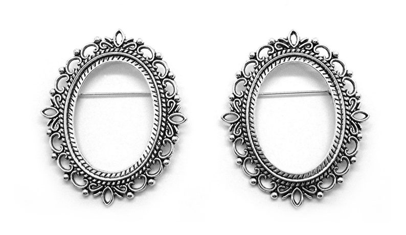 2 Antiqued SILVERTONE VERSAILLES Style Brooch 40mm x 30mm image 0