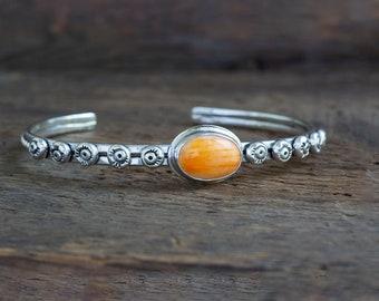 Orange Spiny Oyster 10 Bead Cuff