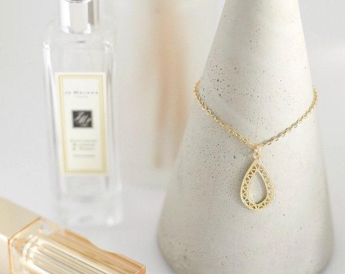 The RAINE Necklace
