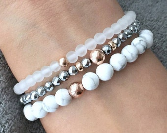 QUINSCO STACK Q014 - Three Piece White Howlite and Silver/Rose Gold Bracelet Stack