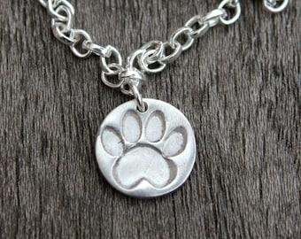 Silver paw print bracelet, cat paw print bracelet, dog paw bracelet, silver pawprint, silver paw charm, pet lover jewelry, paw print jewelry