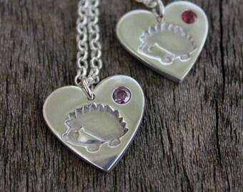 Hedgehog gemstone heart pendant, hedgehog gemstone necklace, hedgehog gemstone, birthstone hedgehog pendant, birthstone wildlife pendant
