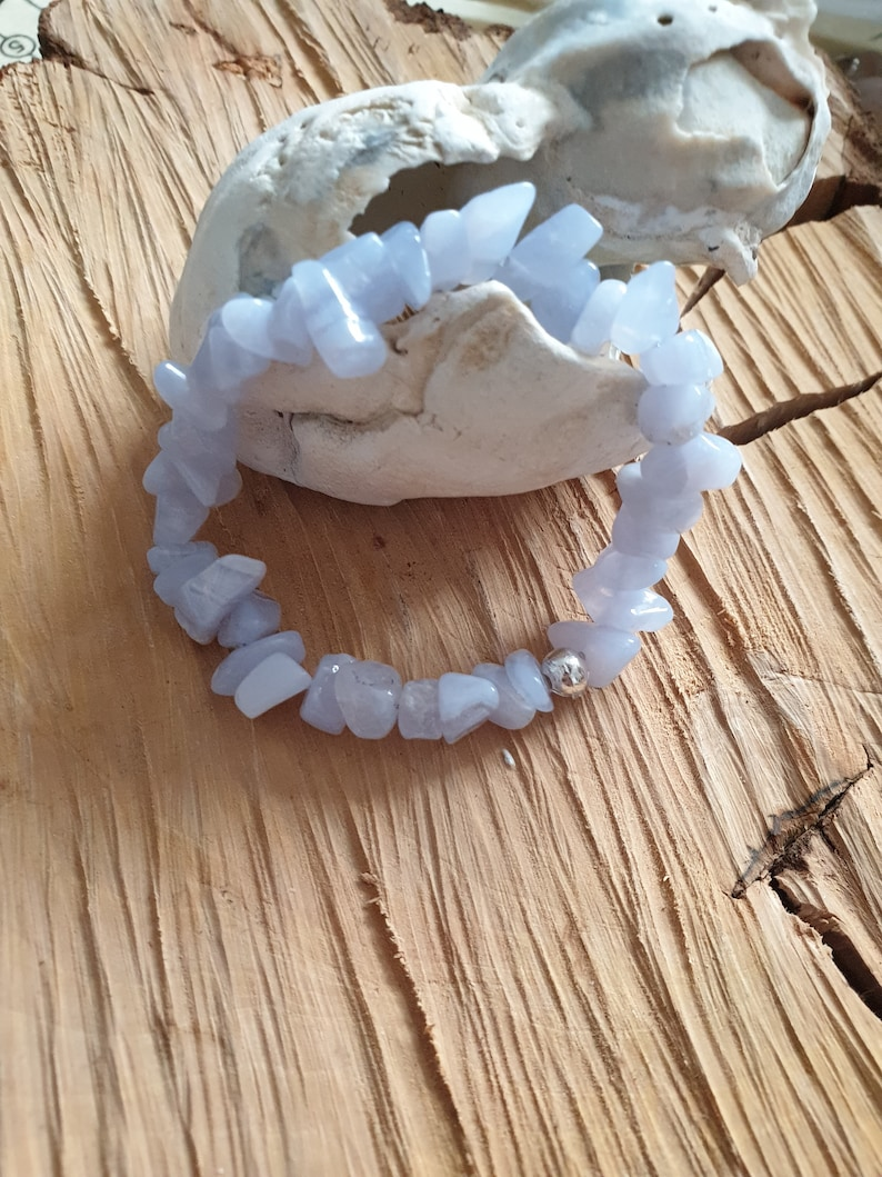 elasticated Blue Lace Agate gemstone bracelet available in sizes 5ins to 10ins communication stone