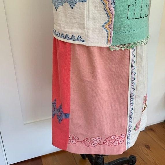 Vintage Embroidered Dress - image 9