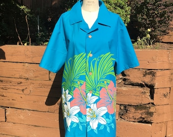 Blue Hibiscus Border Button Down Short Sleeve Tiki Shirt