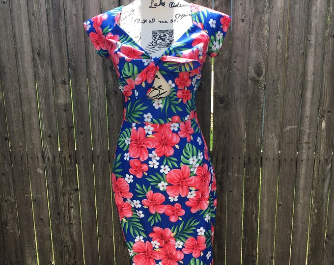 Kenniy Peekaboo Keyhole Wiggle Dress in Blue Tropical Hibiscus Fabric