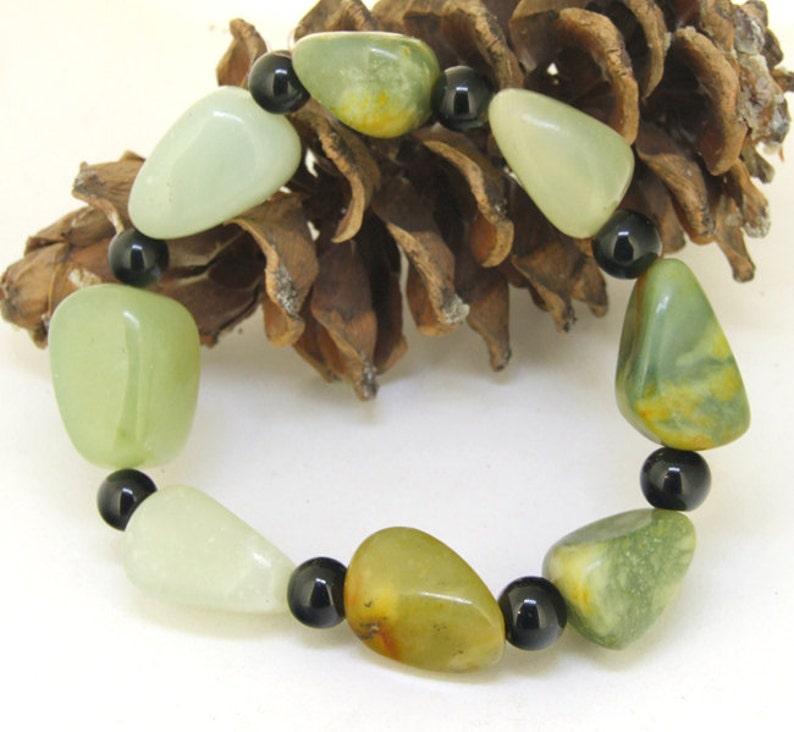 Nugget Natural Green Jade Gemstone Beads Bracelet Beaded Elastic line Bracelet