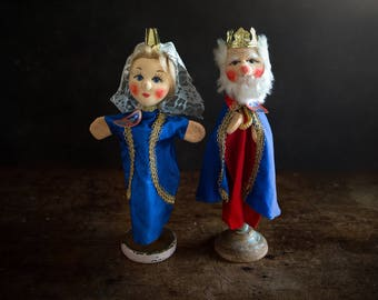 Vintage Hand Puppets - King and Queen -  WITH TAGS
