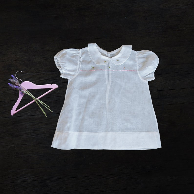 f7e2c5aa6356 Vintage Handmade Baby Girl Dress size 6-12 months.