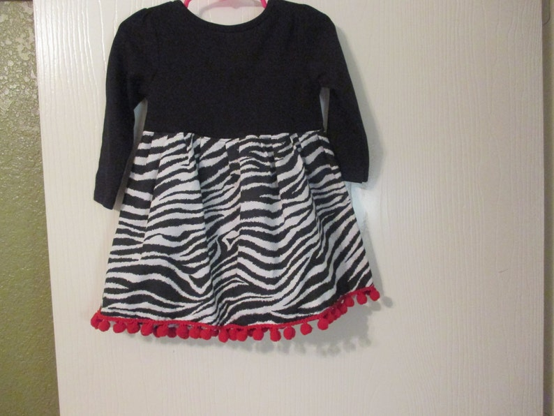 Girl/'s Fashionable Dress Long sleeve T-shirt dress Great dress for pictures by Mvious Da/'Zigns Zebra print red and white dress