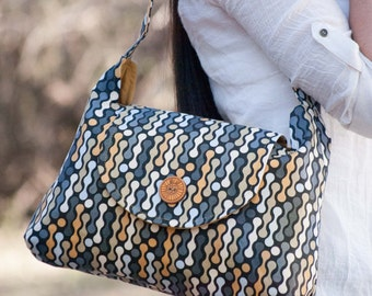 Button Flap Purse PDF Sewing Pattern by Jen Fox Studios - shoulder bag PDF, tutorial for download, shoulder bag pattern, purse pattern