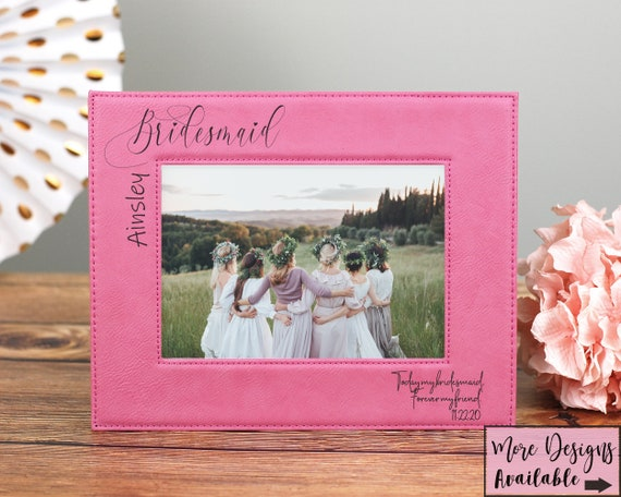 Bridesmaid Picture Frame, Wedding Party Frame, 5x7 Wedding Picture Frame, Gift For Bridesmaid, Gift For Maid of Honor, Personalized Bridal