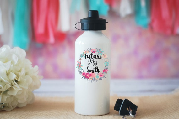 Future Mrs. Water Bottle, Does This Ring Make Me Look Engaged, Engagement Gift, Wedding Gift, Bride Gift, Wedding Water Bottle, Proposal