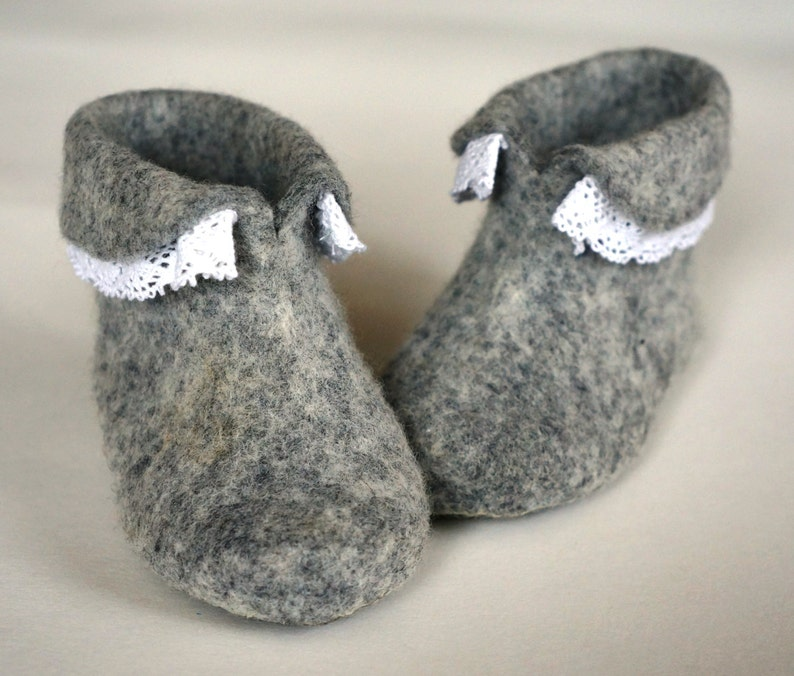 Felt shoes newborn gift/Soft boots/Wool shoes/Grey baby image 0