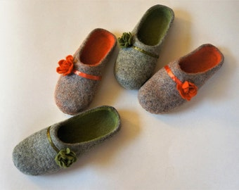Felted Wool slippers House shoes Felt slippers Handmade slippers Felted wool slippers Felt shoes Wool shoes Felt boots Women slippers