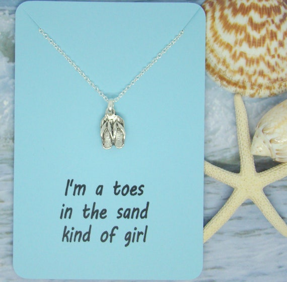 10pcs//lot I/'m a toes in the sand kind of girl charm silver tone pendant 20mm