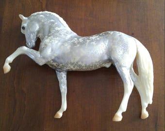 Breyer Grane of Gotterdammerung Model Horse