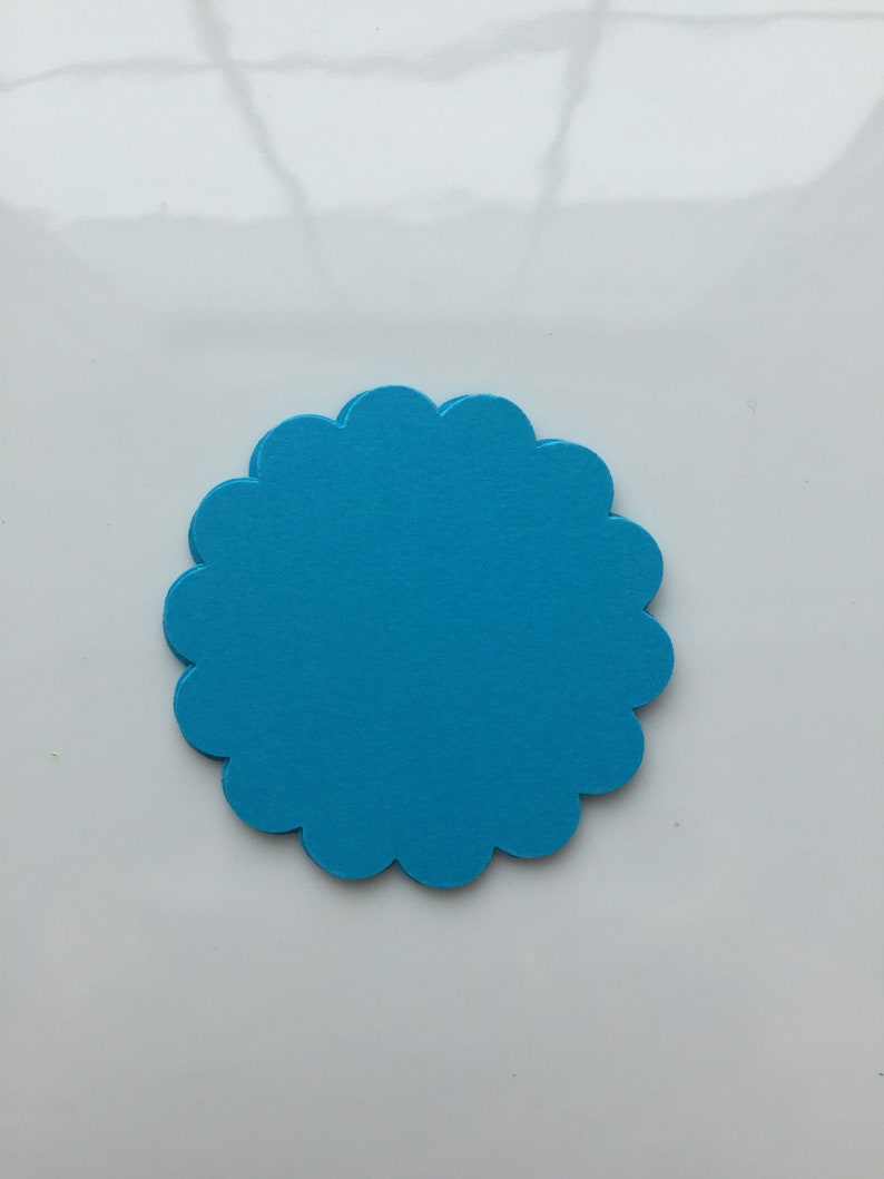set of 50 Scalloped circles summer colours price tags place cards gift tags