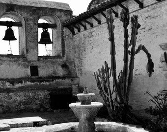 Courtyard at Mission San Juan Capistrano, California - Black & White Photo Art Picture